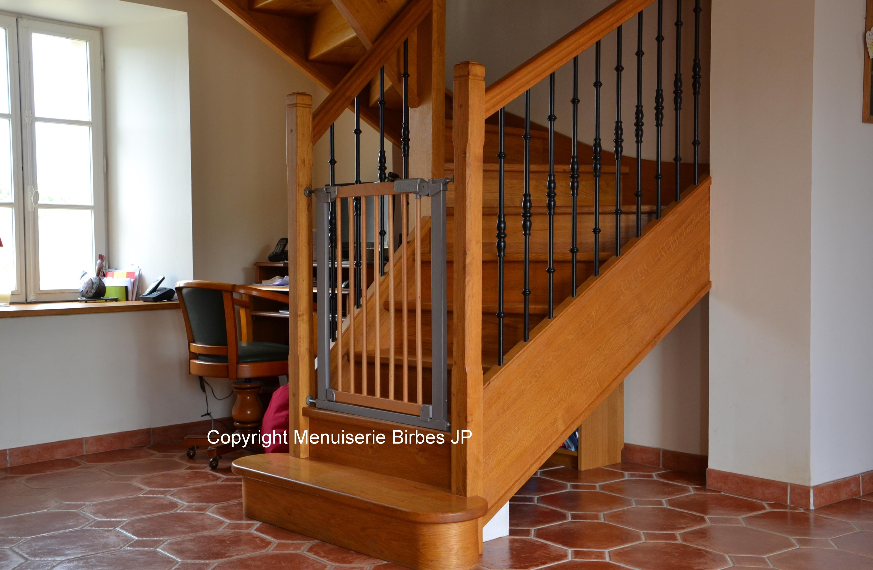 Escalier Bois Entre Deux Murs escalier - fanjeaux menuiserie jean pierre birbes